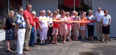 Lakeview Foundation Thrift Shop Ribbon Cutting 7 18, 2012 (13)